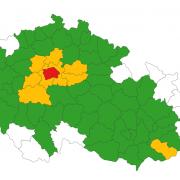 V Praze přetrvává komunitní přenos, nově bude včerveném stupni pohotovosti