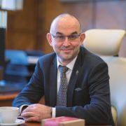 Díky očkování počet nakažených zdravotníků dramaticky klesl, říká ministr Jan Blatný