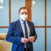 Premiér Andrej Babiš uvedl dofunkce nového ministra zdravotnictví Petra Arenbergera
